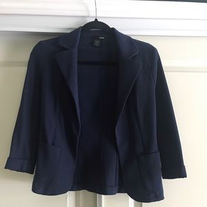 Navy fitted blazer